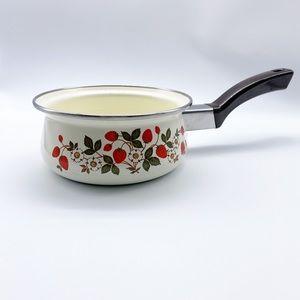 Vintage Strawberries & Cream Open Saucepan 1QRT